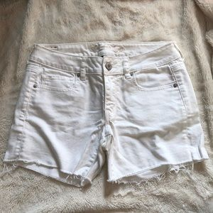 American Eagle White Raw Hem Shorts